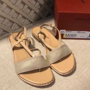 Donald Pliner sandals size 6.5